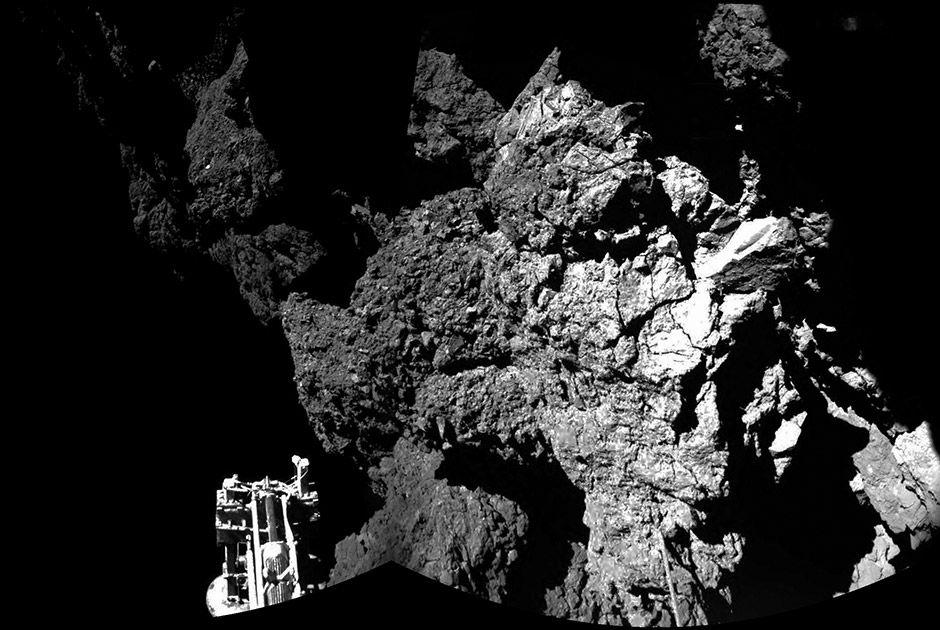Philae hibernava no cometa Tchuri desde 12 de novembro / HO/ESA/AFP