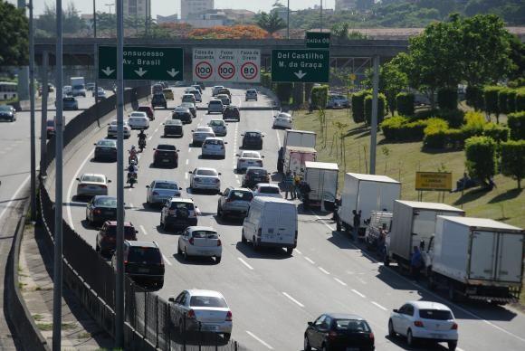A finalidade da lei, segundo o Ministério das Cidades, é aumentar a segurança nas rodovias  / Tânia Rêgo/Agência Brasil