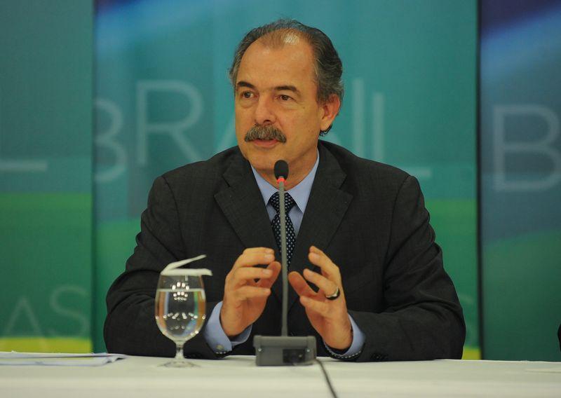 Mercadante: índices exigem mais trabalho do governo / José Cruz/ABr