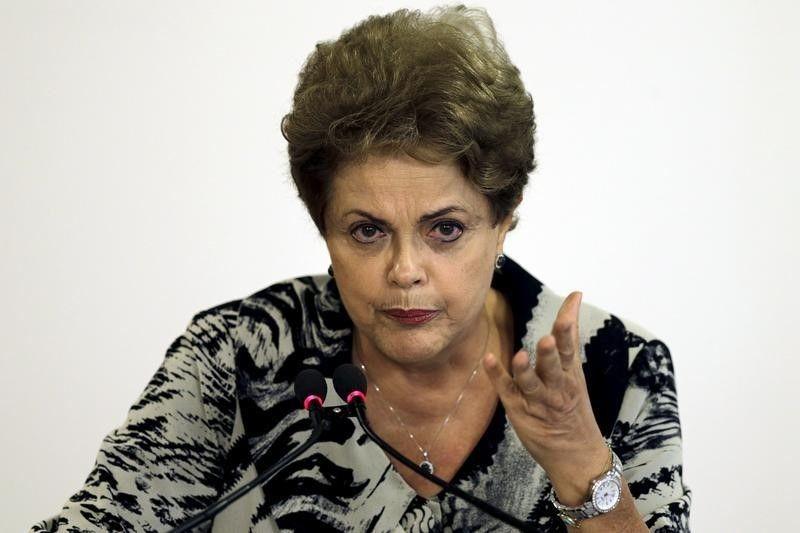 Dilma, após conceder entrevista, recebeu Cardozo em sua residência oficial /  REUTERS/Ueslei Marcelino