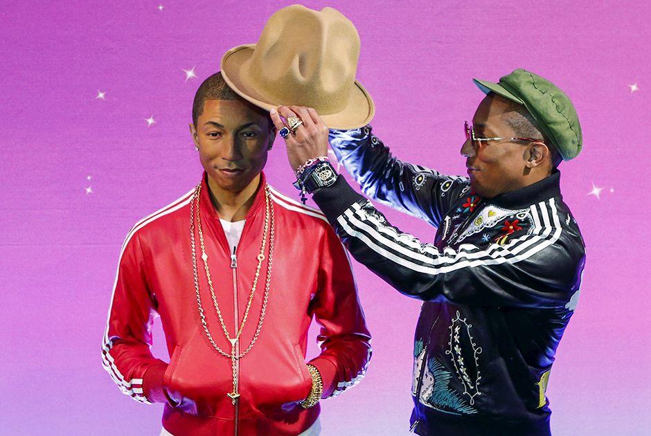 Pharrel Williams e sua estátua de cera / Eduardo Munoz/Reuters
