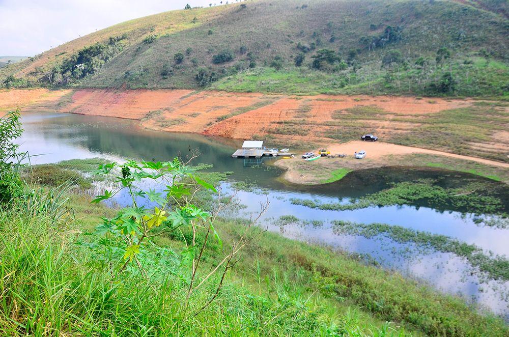Represa em Jacareí que faz parte do Sistema Cantareira / Nilton Cardin/Folhapress
