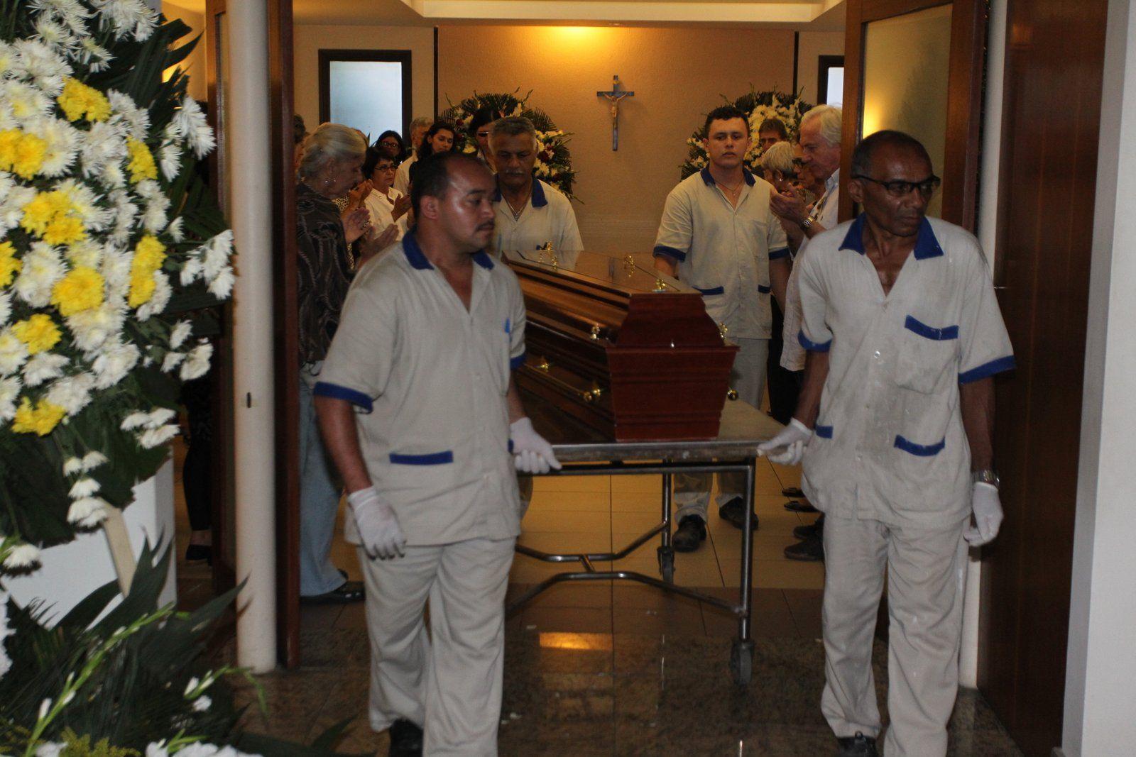 Corpo de Barbara Heliodora foi cremado / Marcello Sá Barreto/AgNews