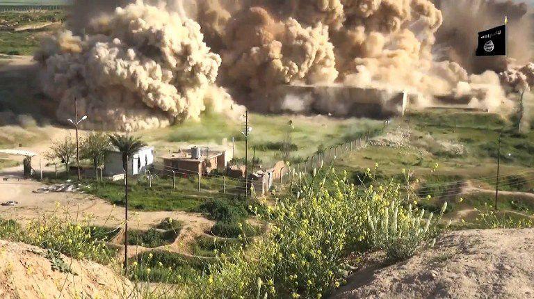 Imagem retirada de vídeo mostra explosão de Nimrud / Welayat Nineveh/AFP