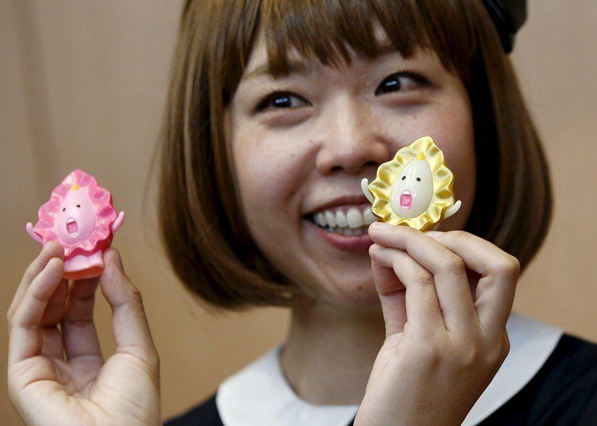 Igarashi expôs suas criações nesta quarta-feira / REUTERS/Toru Hanai