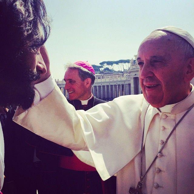 Papa Francisco abençoa Rodrigo Santoro / Divulgação/Instagram