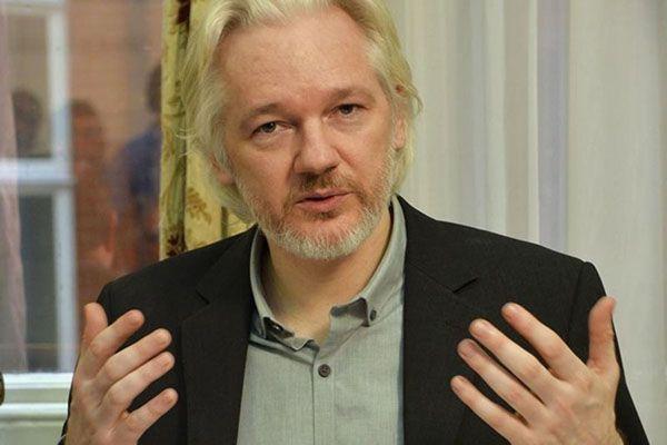 Assange teme ser extraditado para os Estados Unidos / John Stillwell / Reuters