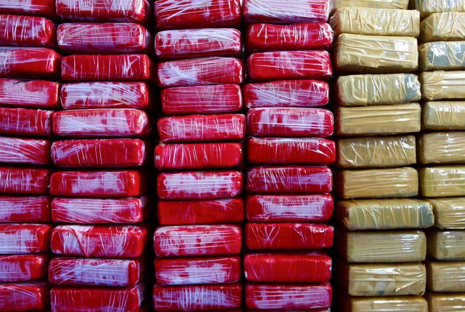 A quantia de cocaína foi encontrada a bordo de um veleiro no Caribe / Patrice  Coppe/AFP
