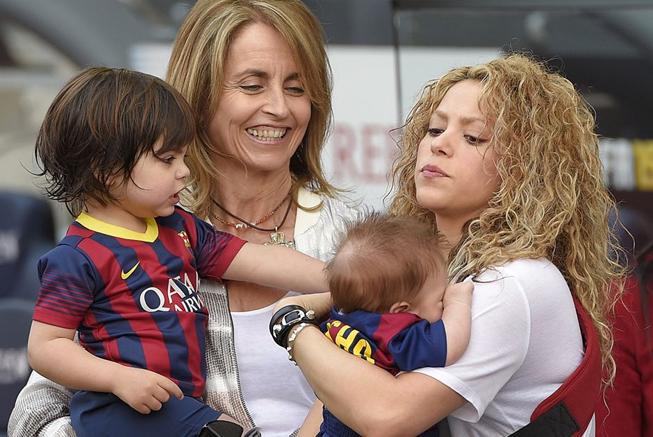Shakira e seus filhos, os pequenos Milan e Sasha