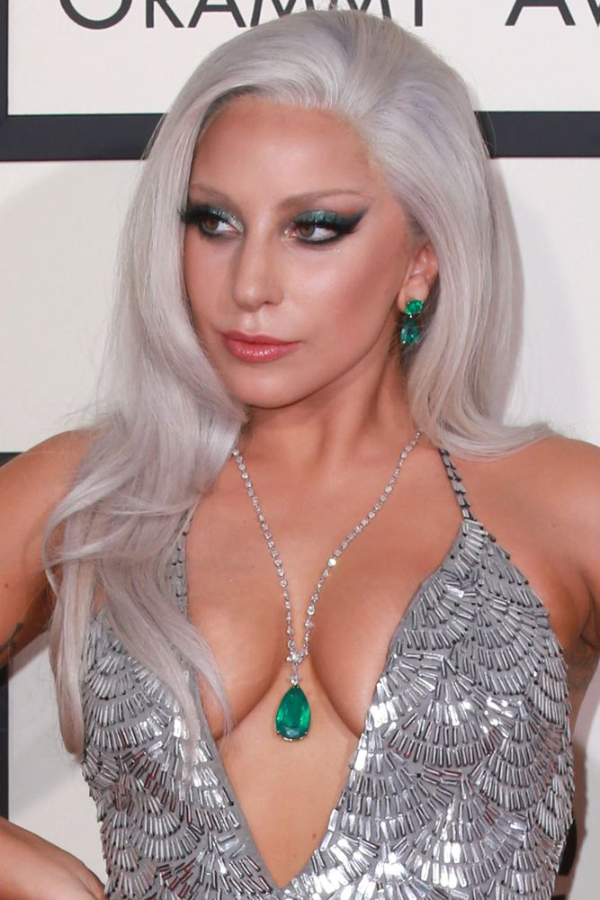 Lady Gaga passou por momentos delicados durante a infância / Helga Esteb/Shutterstock.com