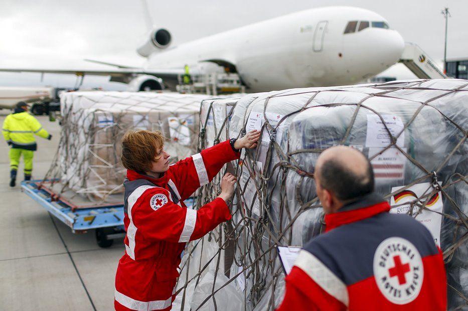 Cruz Vermelha alemã manda ajuda ao Nepal