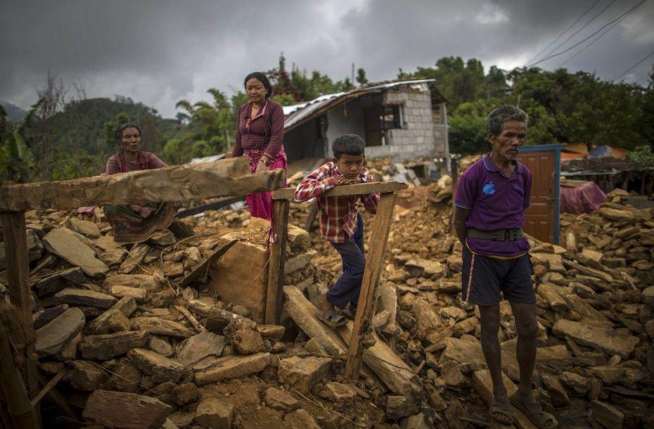 Tremor foi o mais mortífero dos últimos 80 anos no Nepal / AFP