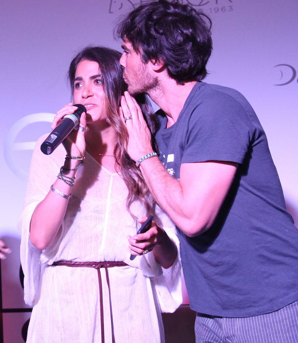Nikki Reed surpreende Ian Somerhalder em evento / AgNews