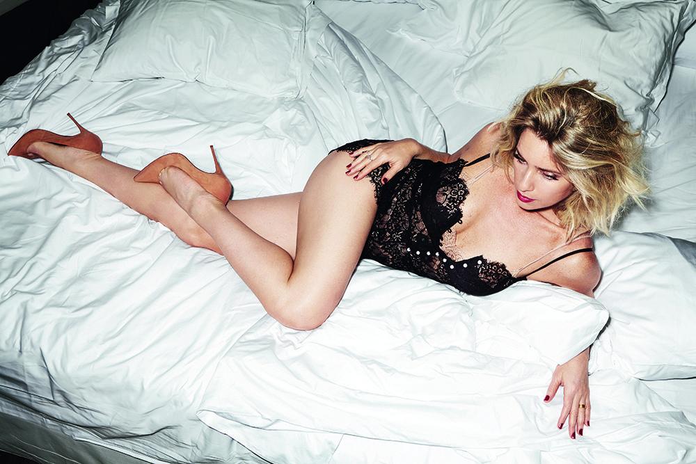 Aos 41 anos, Letícia Spiller mostra que está com tudo em cima  / Robert Astley-Sparke/VIP
