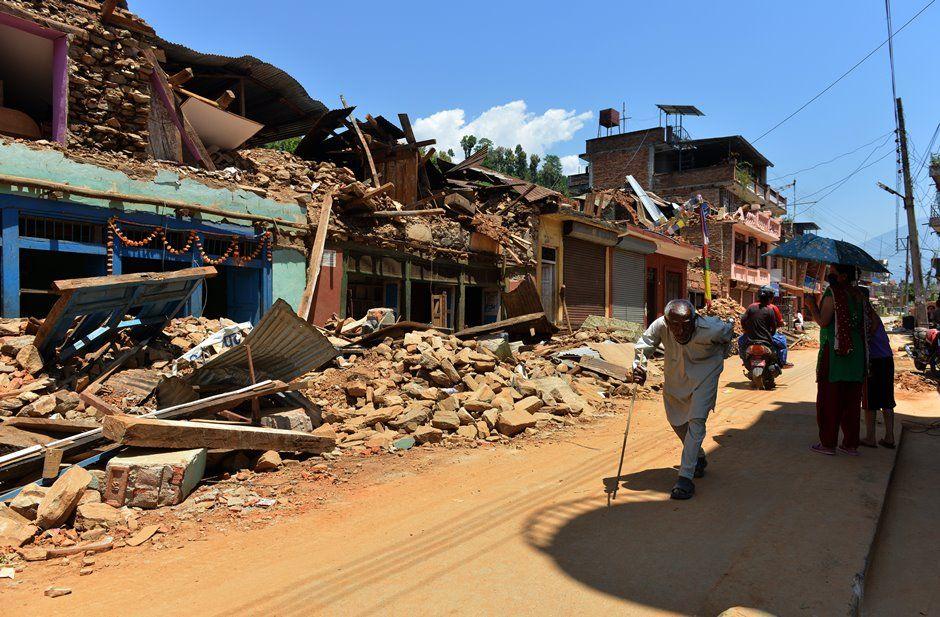 Terremoto de 7,8 na escala Richter atingiu Nepal no dia 25 de abril / PRAKASH MATHEMA / AFP