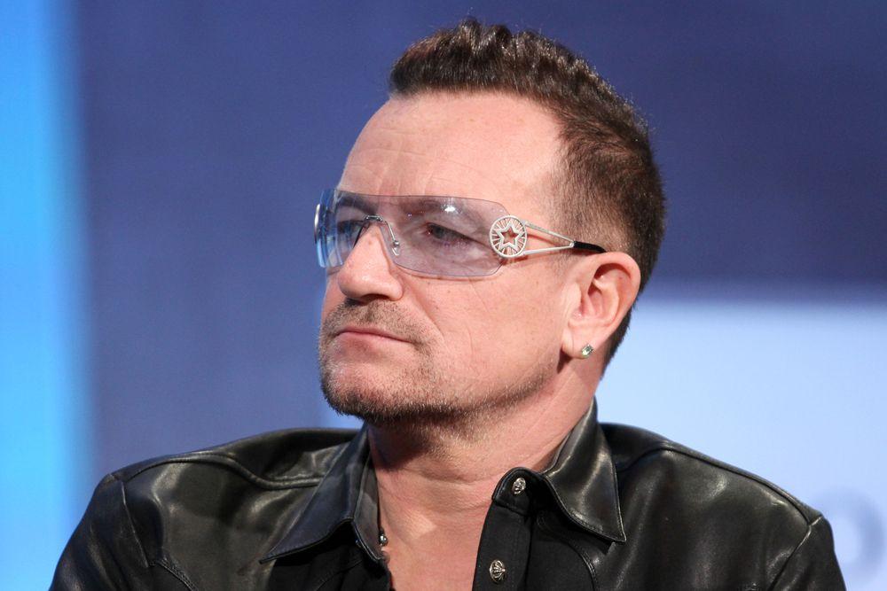 Bono Vox ainda não consegue mexer os dedos / JStone/Shutterstock.com