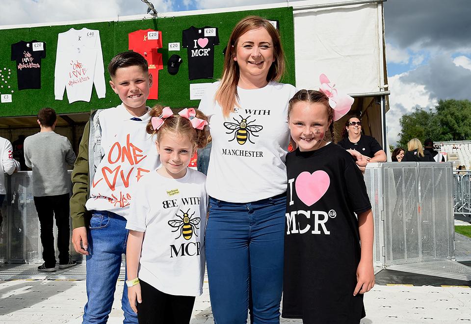 Show em Manchester reúne ícones do pop