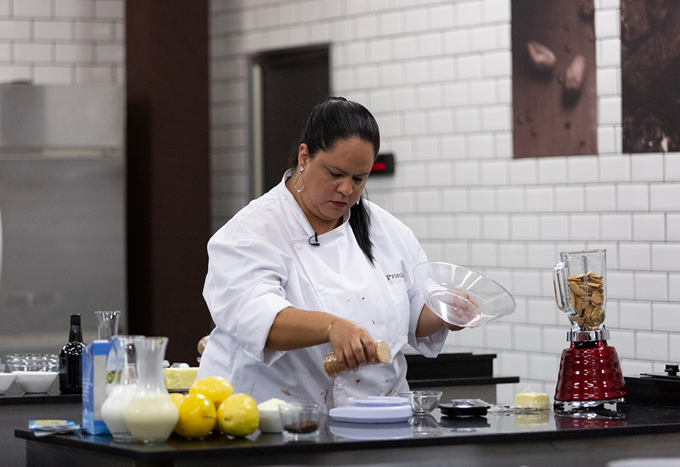 Com ajuda de Carol Fiorentino, sobremesa define eliminados