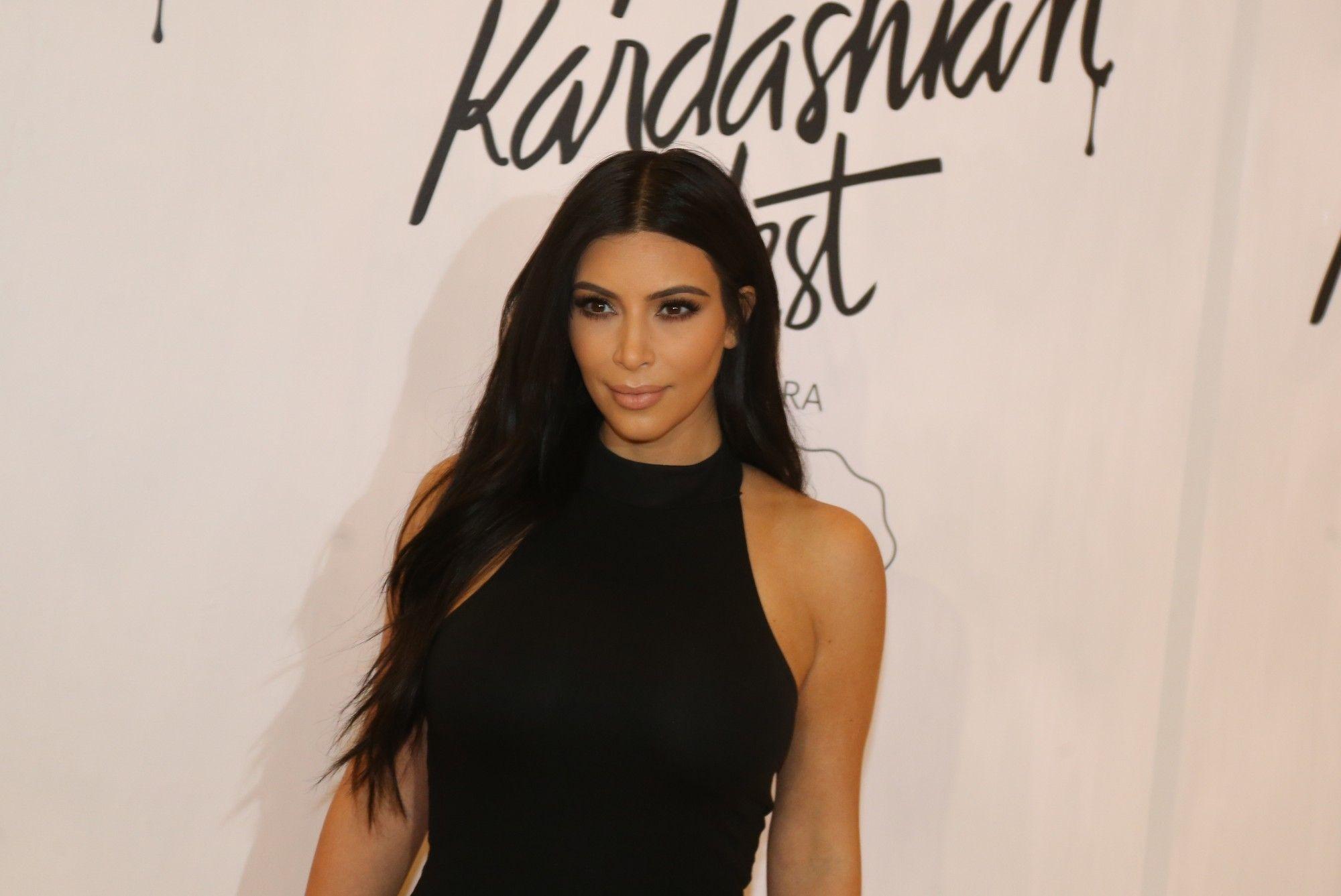 Kim Kardashian lançou coleção em parceria com marca brasileira / André Freitas e Joshua Bryan/AgNews