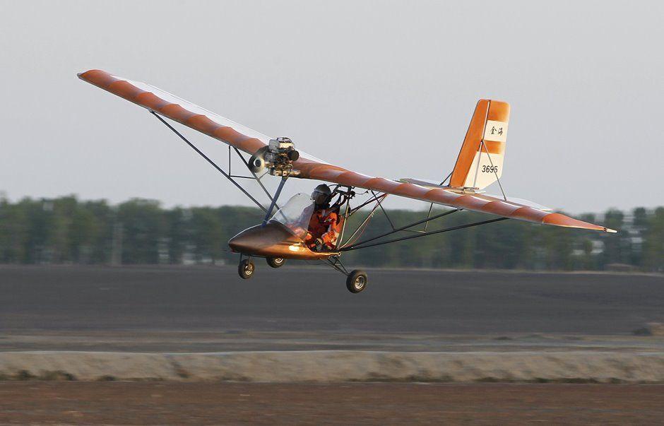 Yang Shijun gasta quase R$ 50 mil para construir próprio avião