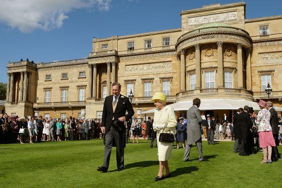 Palácio de Buckingham não é reformado desde 1952 / JOHN STILLWELL / POOL / AFP