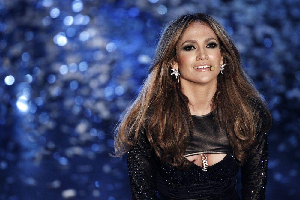 Jennifer Lopez foi criticada por islamitas / Andrea Raffin/Shutterstock.com