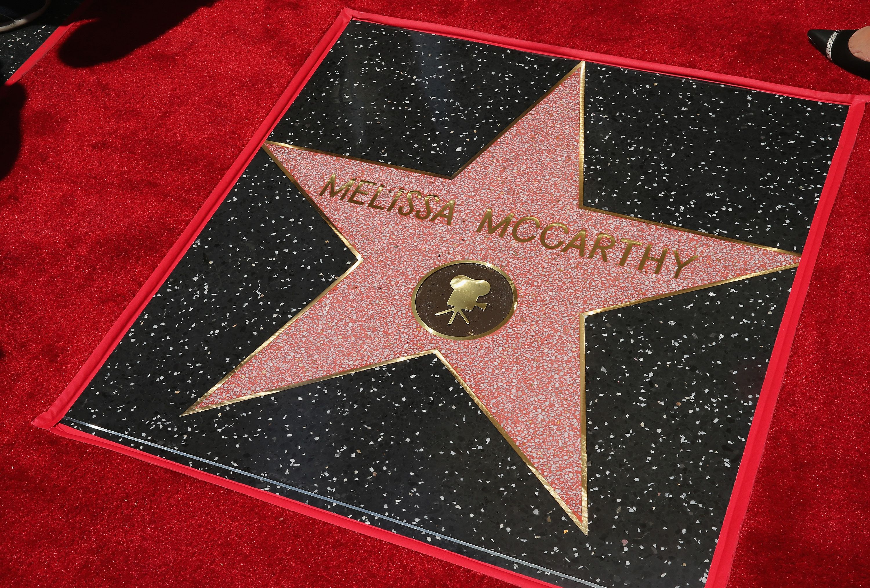 Melissa McCarthy ganhou estrela na calçada da fama de Hollywood