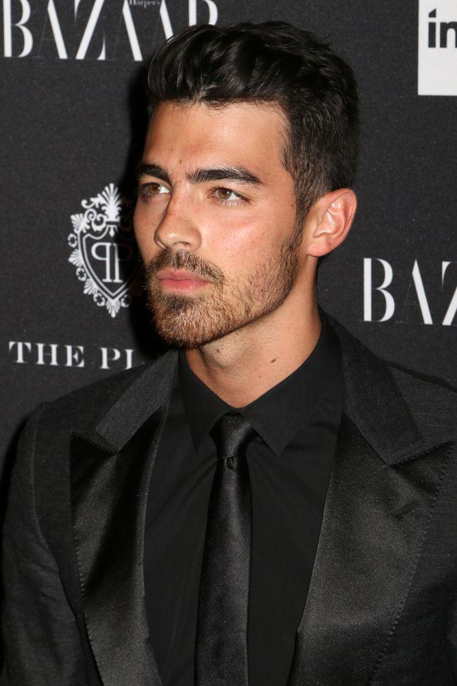 Joe Jonas disse que hoje em dia é amigo da ex Taylor Swift / JStone/Shutterstock