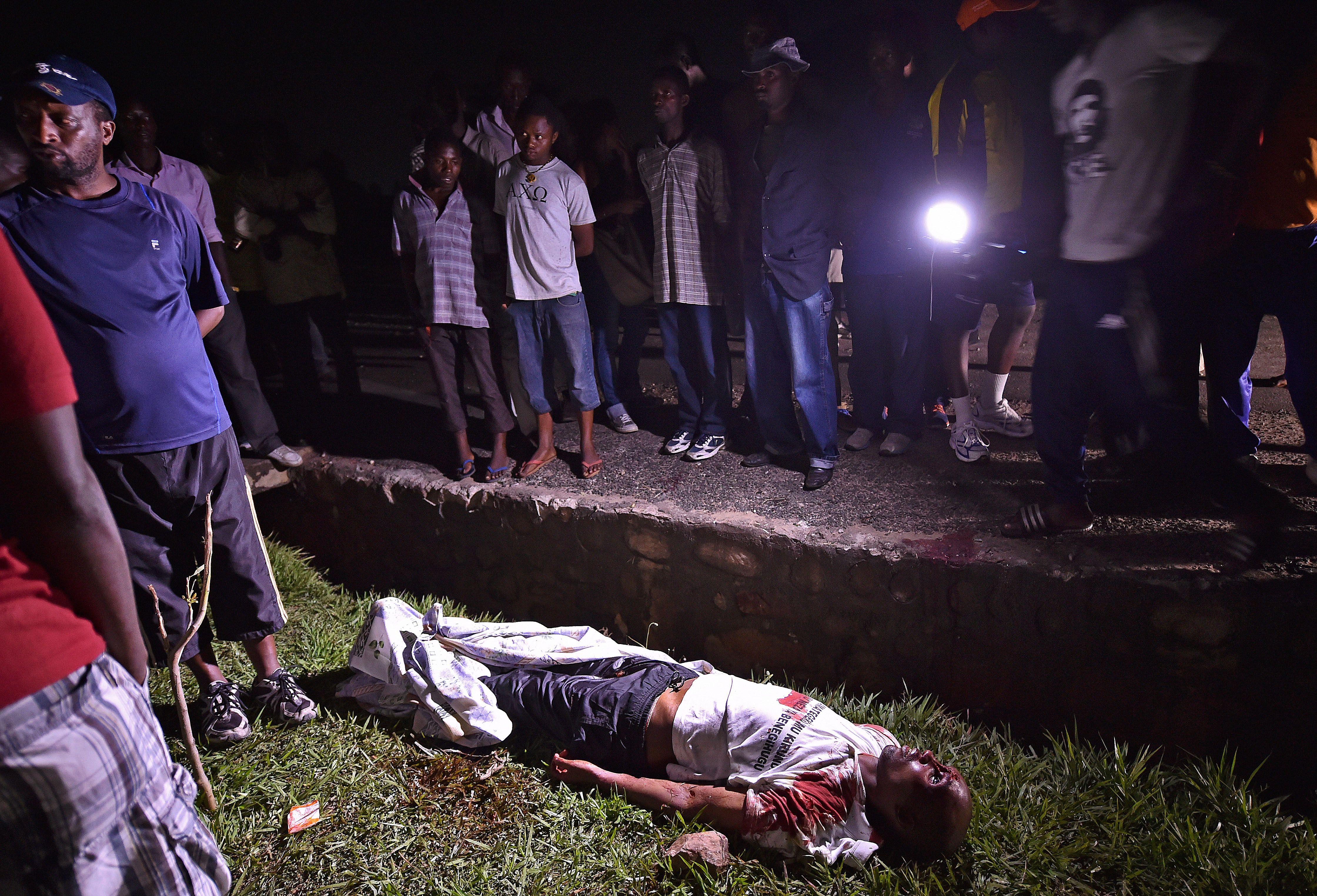 Zedi foi morto junto de seu segurança / Carl De Souza/AFP