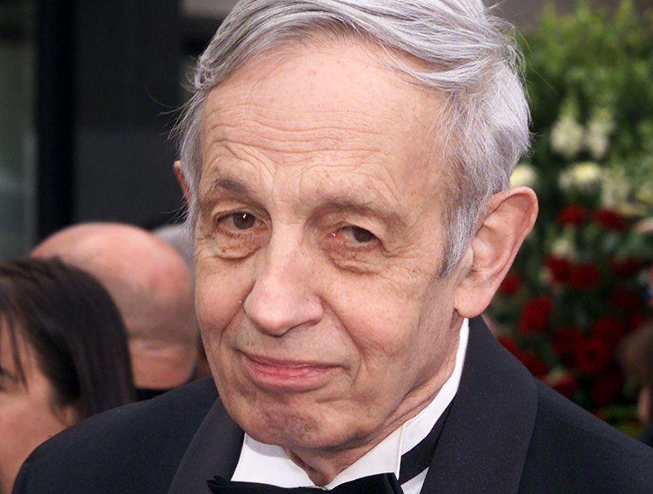 Nash em foto de arquivo, na cerimônia do Oscar de 2002 / Fred Prouser/Reuters