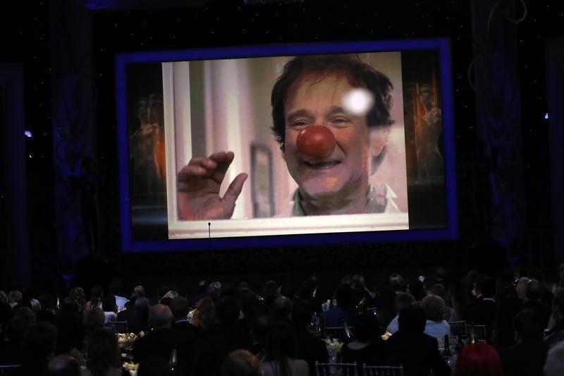 Robin Williams é mostrado em telona durante premiação em Los Angeles / Mario Anzuoni/Reuters
