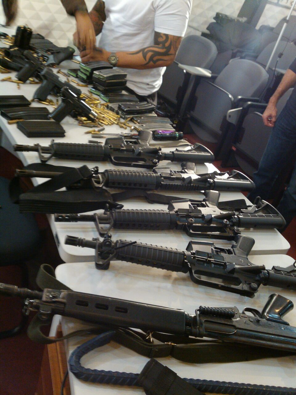Armas apreendidas em operação policial