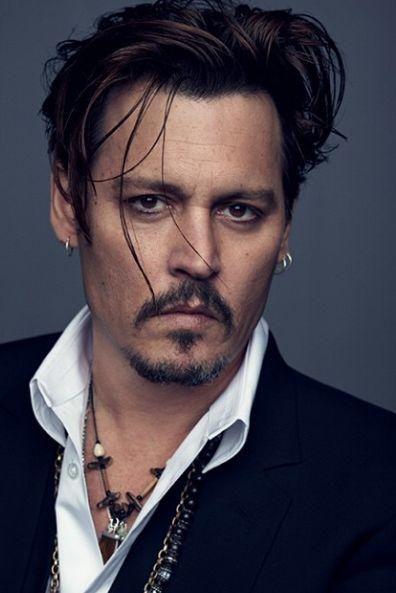 Johnny Depp posa para campanha da Dior / Divulgação/Instagram/Dior