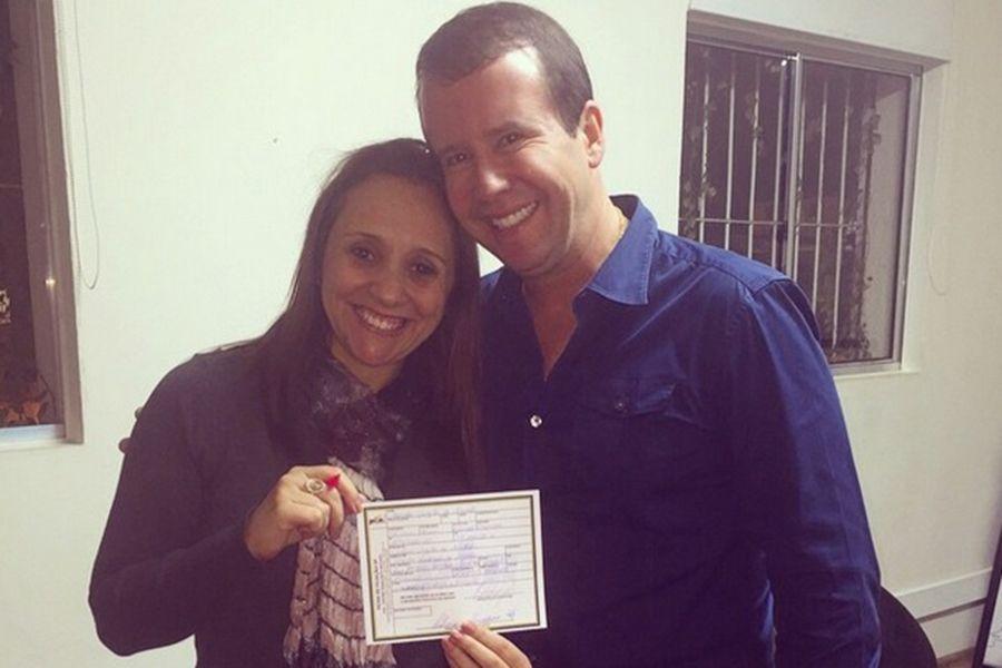 Rei do Camarote, ao lado de Renata Abreu, presidente estadual do PTN / Reprodução/Instagram