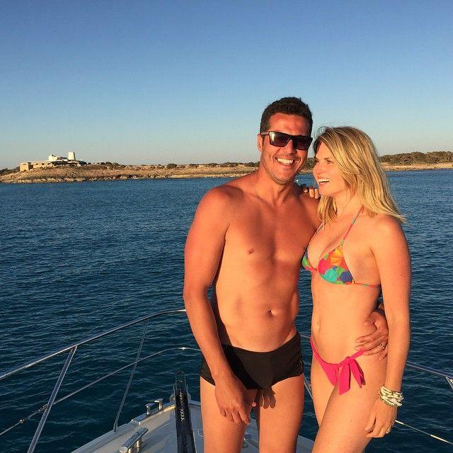 Susana Werner curte férias na Espanha com o marido Julio César