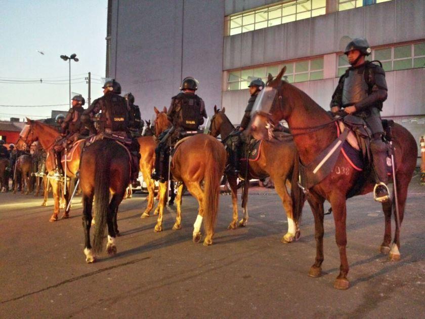 Efetivo policial conta com a Cavalaria e a Tropa de Choque