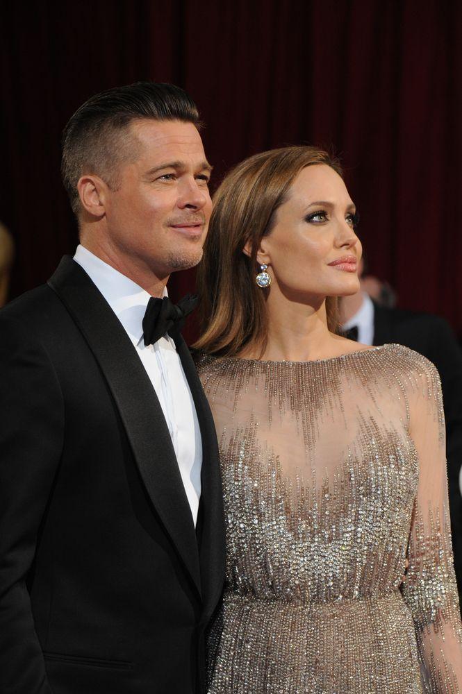Brad Pitt e Angelina Jolie compram ilha milionária para manter privacidade / Jaguar PS/Shutterstock.com