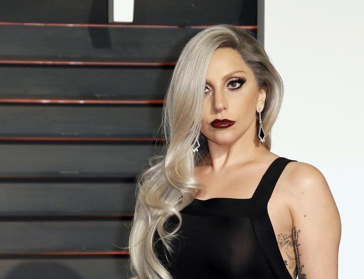 Lady Gaga, durante festa da revista Vanity Fair, em Beverly Hills / Danny Moloshok/Reuters