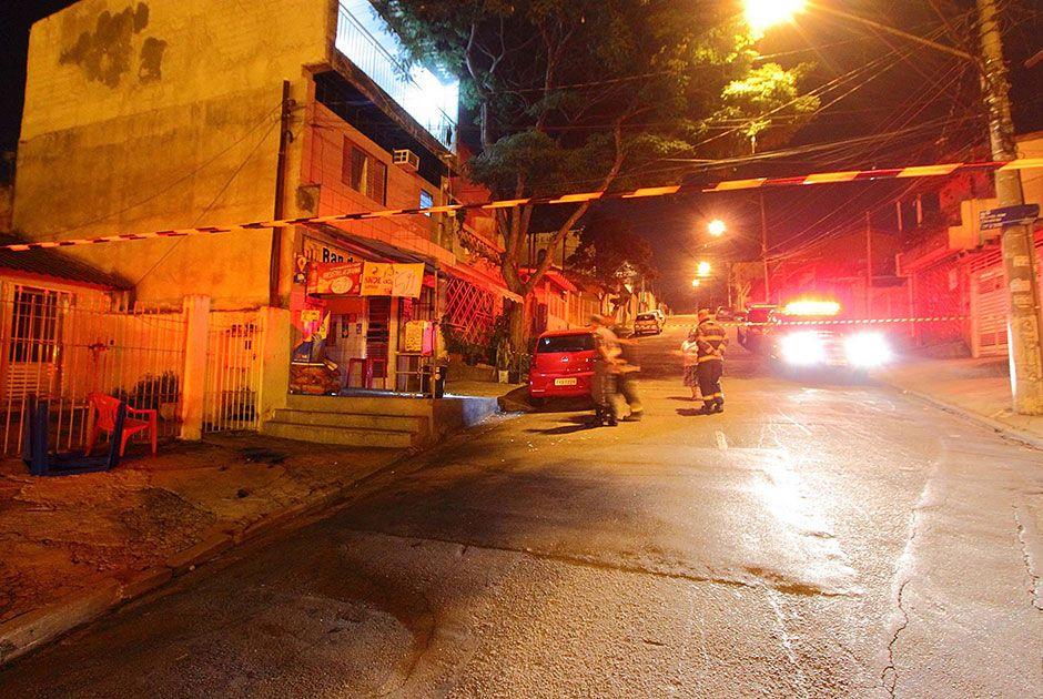 Vítima morava nas proximidades do bar e era conhecido por muitas pessoas / Nivaldo Lima/Futura Press/Folhapress