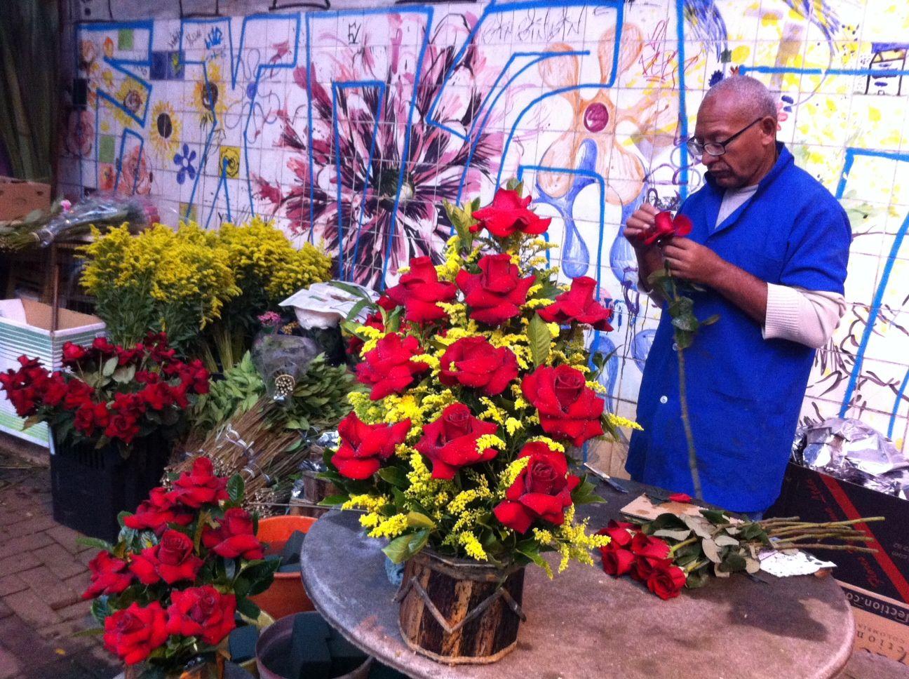 Floristas dizem que Dia dos Namorados é mais lucrativo que o de Finados / Caetano Cury/Rádio Bandeirantes