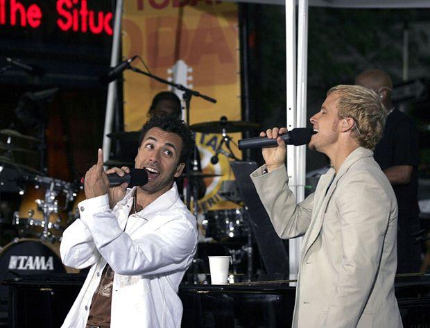 Brian e Howie possui quase o mesmo tom de voz