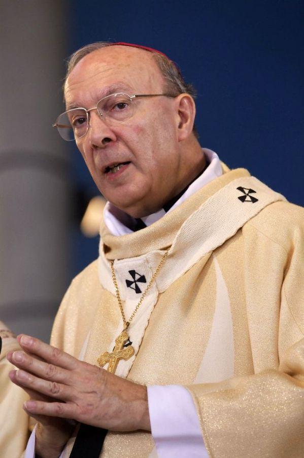Chefe da Igreja Católica belga, Arcebispo Andre-Joseph Leonard
