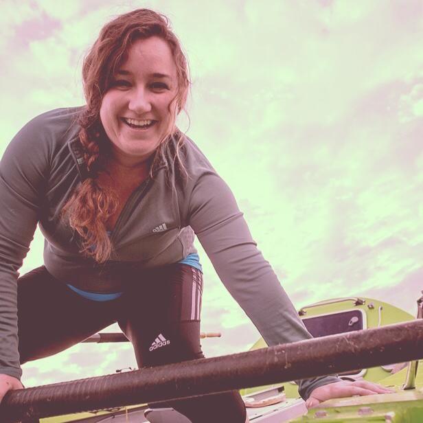 No Facebook, Sonya comemorava que seria a primeira mulher a remar para o Oceano Pacífico Norte / Reprodução/Facebook