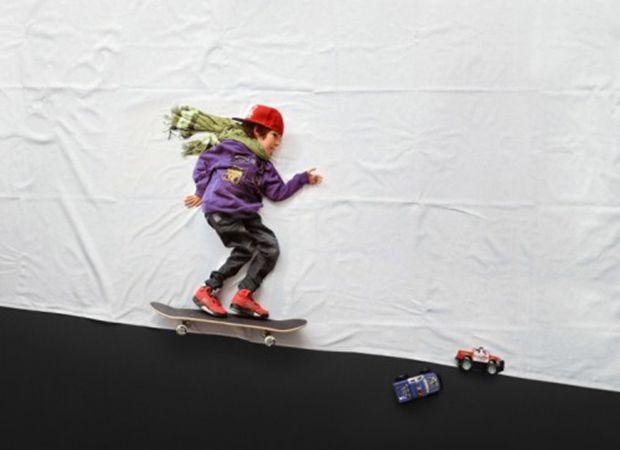 Luka anda de skate em ensaio