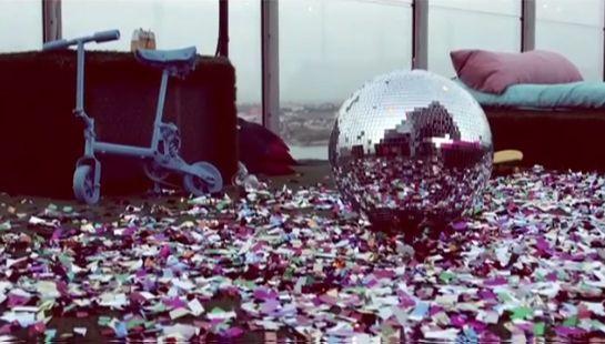 Cenário pós-festa do novo clipe de Madonna / Divulgação/Instagram