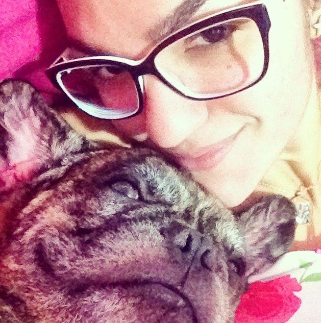 Bruna Holtz teve sua cão baleado e morto por um PM / Reprodução/Instagram