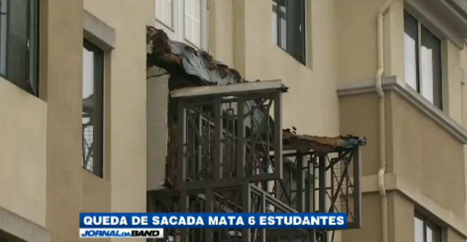 Sacada despenca e mata estudantes / Reprodução/Jornal da Band