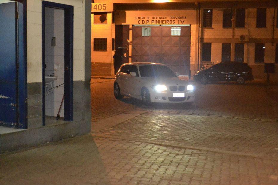 Luis Alexandre deixou o CDP de Pinheiros em seu carro / Edu Silva/Futura Press/Folhapress