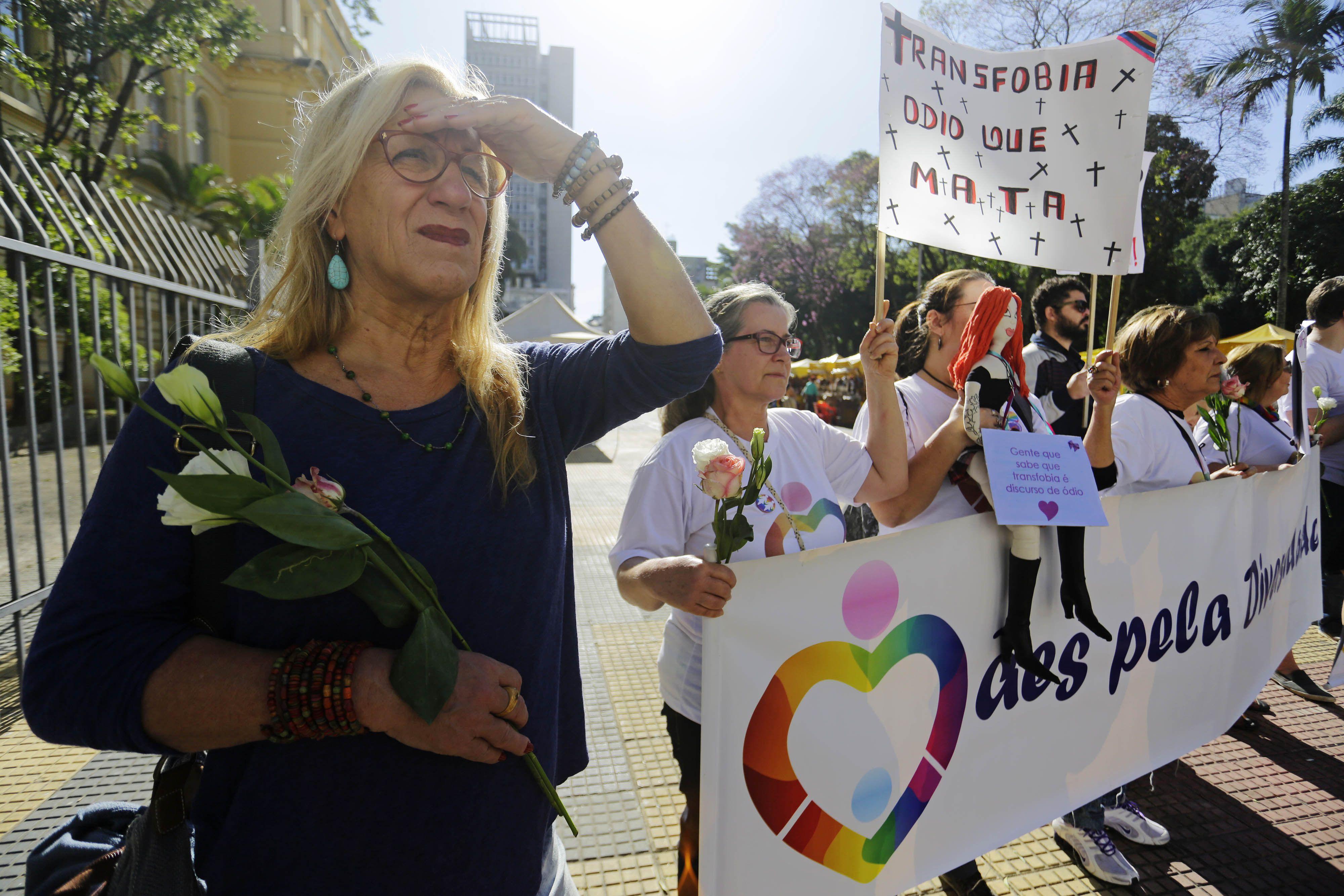 Laerte participa de manifestação contra a transfobia / Folhapress