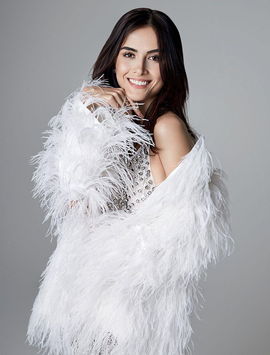 Maria Casadevall estrela capa de revista / Yuri Sardenberg/Revista Estilo
